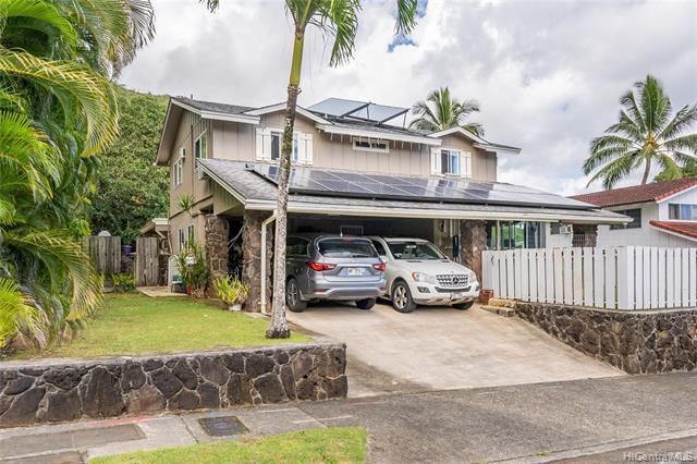 Photo of home for sale at 47-612 Hui Ulili Street, Kaneohe HI