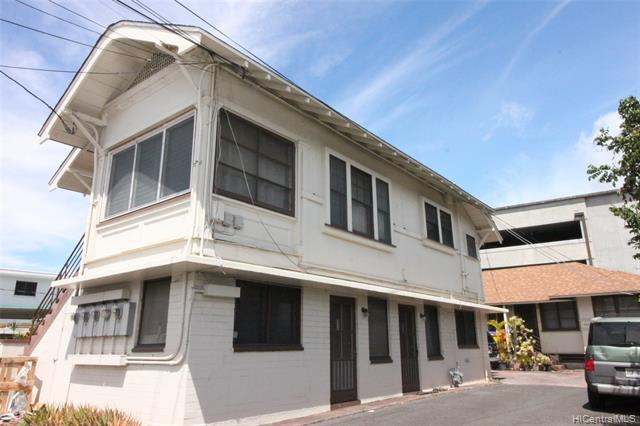 Photo of home for sale at 336 Puuhue Place, Honolulu HI