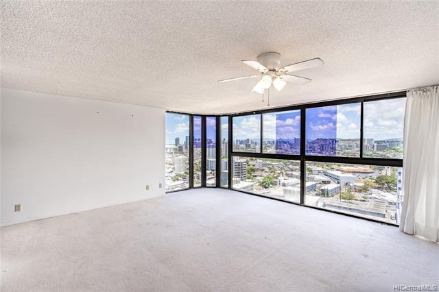 Photo of home for sale at 2724 Kahoaloha Lane, Honolulu HI
