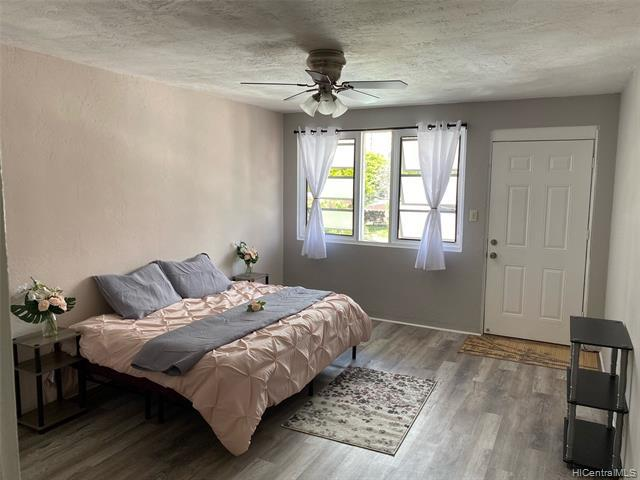 Photo of home for sale at 1508 Kewalo Street, Honolulu HI