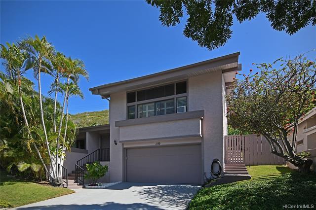 Photo of home for sale at 1189 Kaeleku Street, Honolulu HI