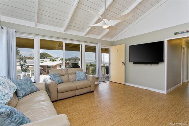 Photo of home for sale at 45-334B Mahalani Street, Kaneohe HI
