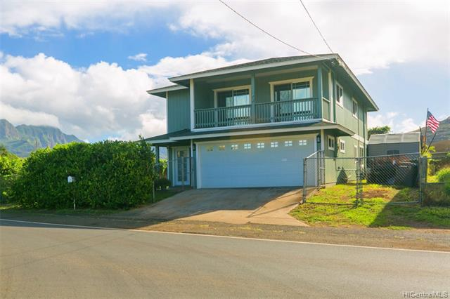 Photo of home for sale at 85-567 Waianae Valley Road, Waianae HI