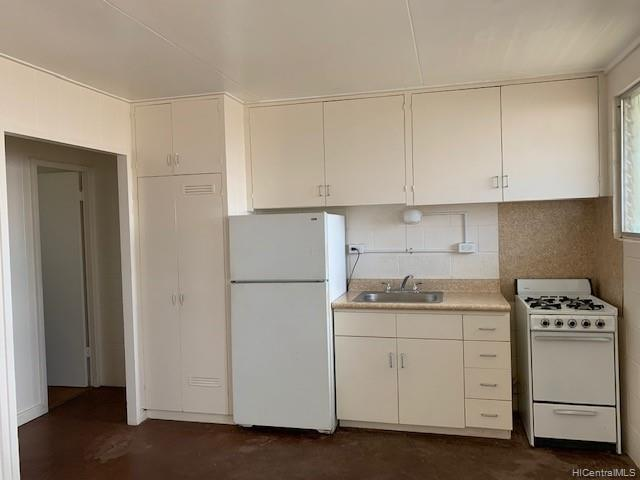 Photo of home for sale at 922 Palm Place, Wahiawa HI