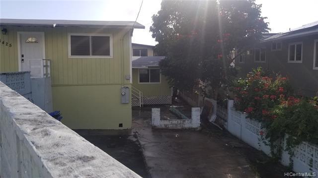 Photo of home for sale at 3425 Kalua Road, Honolulu HI
