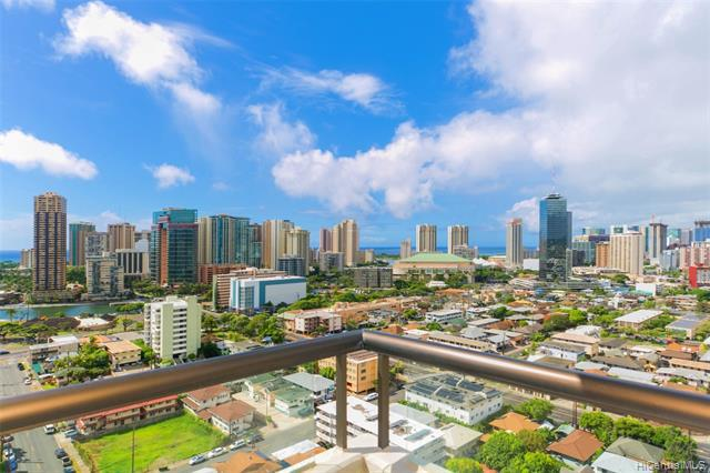 Photo of home for sale at 2100 Date Street, Honolulu HI