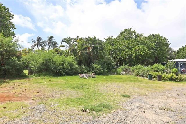 Photo of home for sale at 431 Kawailoa Road, Kailua HI