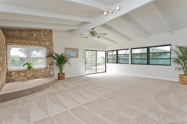 Photo of home for sale at 720 Iliaina Street, Kailua HI