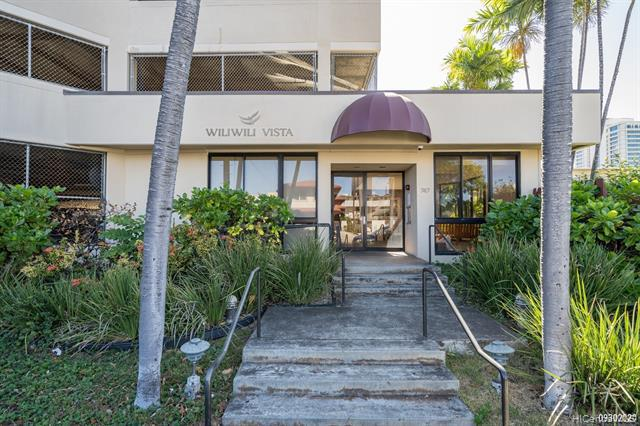 Photo of home for sale at 747 Wiliwili Street, Honolulu HI