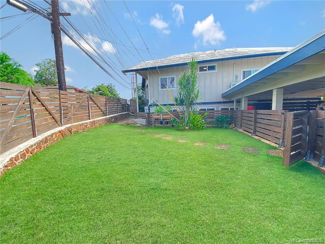 Photo of home for sale at 99-241 Ulune Street, Aiea HI