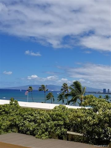 Photo of home for sale at 2947 Kalakaua Avenue, Honolulu HI