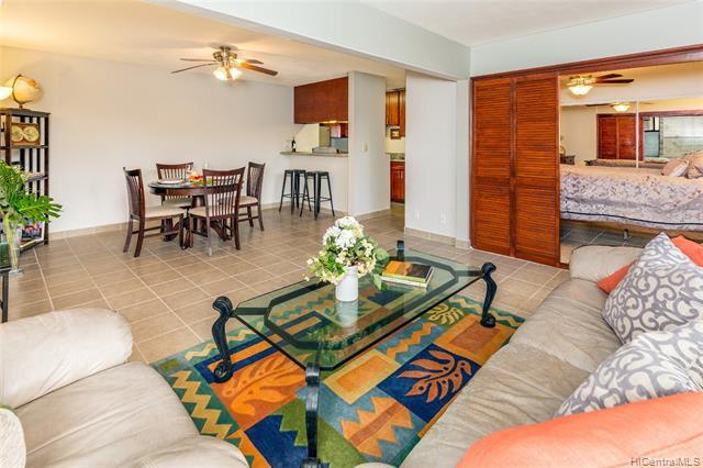 Photo of home for sale at 3741 Kanaina Avenue, Honolulu HI