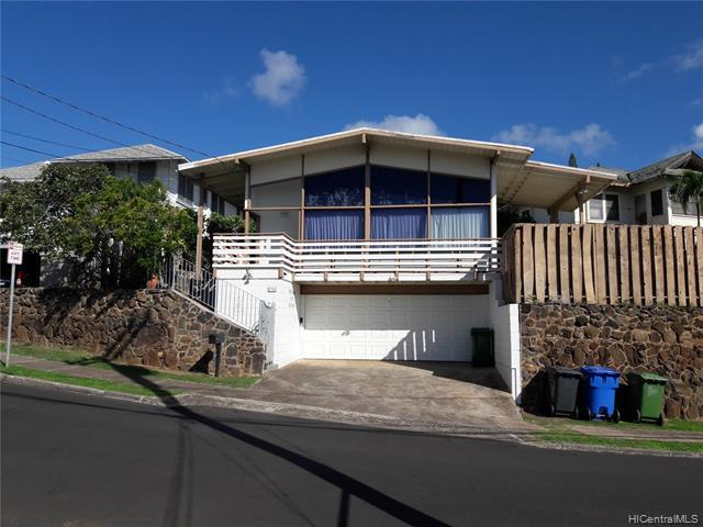Photo of home for sale at 3766 Anuhea Street, Honolulu HI