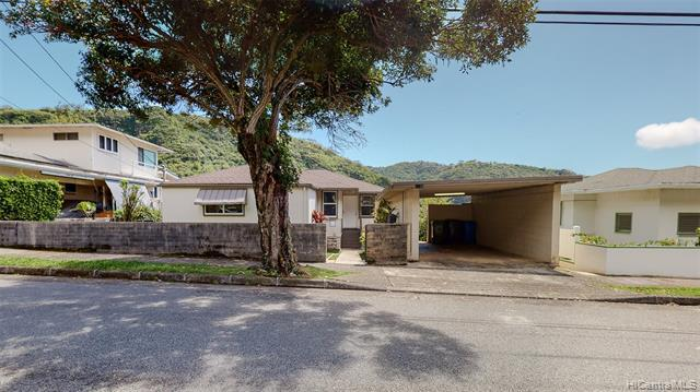 Photo of home for sale at 2519 Myrtle Street, Honolulu HI