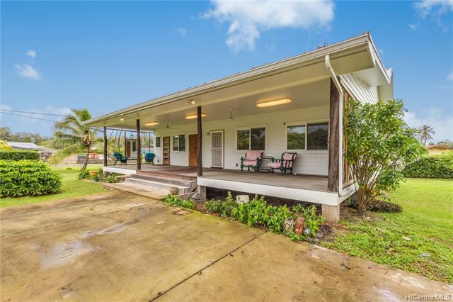 Photo of home for sale at 41-969 Oluolu Street, Waimanalo HI