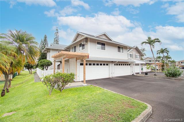 Photo of home for sale at 94-750 Lumiauau Street, Waipahu HI