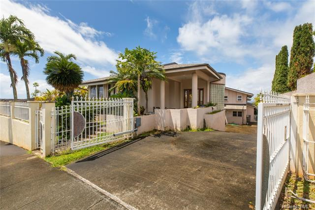Photo of home for sale at 98-866 Kaahele Street, Aiea HI