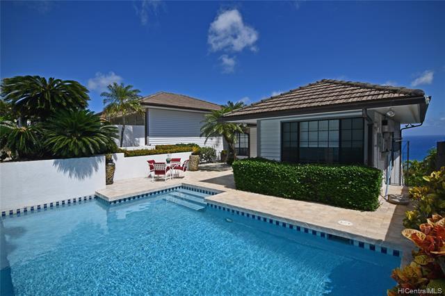Photo of home for sale at 129 Kaulana Way, Honolulu HI