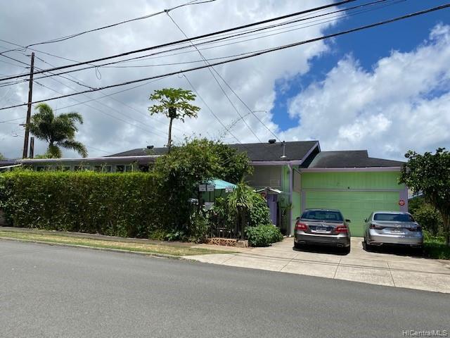 Photo of home for sale at 1901 Coyne Street, Honolulu HI