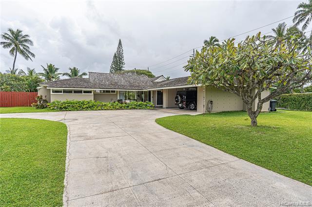 Photo of home for sale at 85 Kai Nani Place, Kailua HI