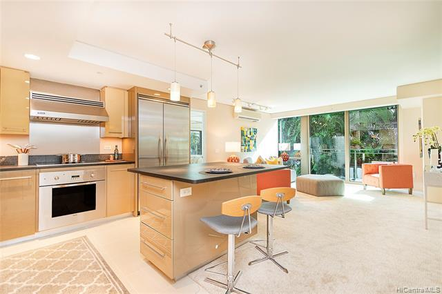 Photo of home for sale at 1200 Queen Emma Street, Honolulu HI