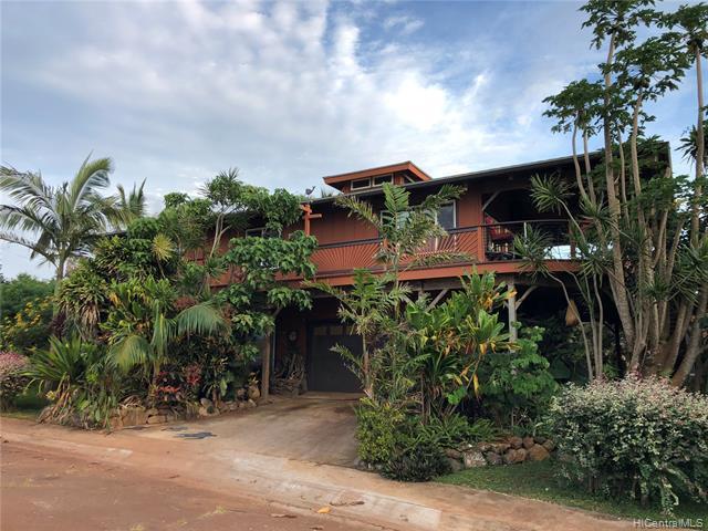 Photo of home for sale at 100 Puunana Street, Maunaloa HI