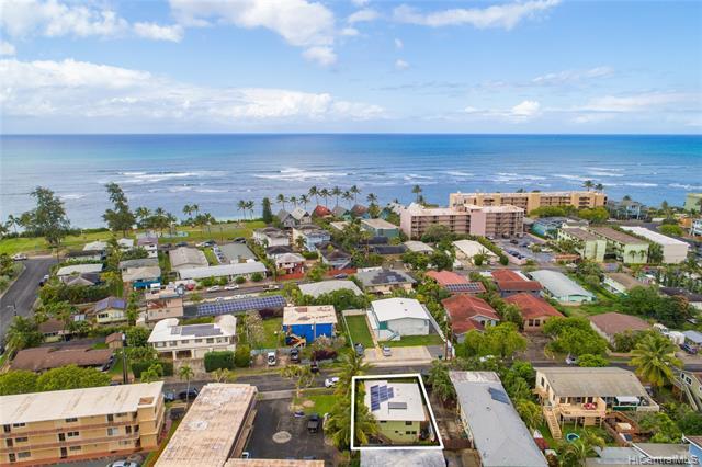 Photo of home for sale at 68-023 Au Street, Waialua HI