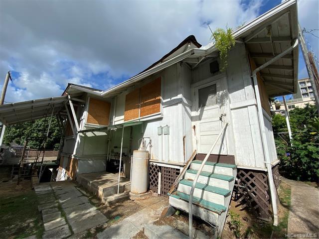 Photo of home for sale at 1571 Miller Street, Honolulu HI