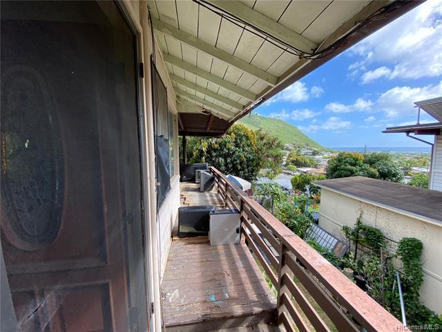 Photo of home for sale at 815 Ahuwale Street, Honolulu HI