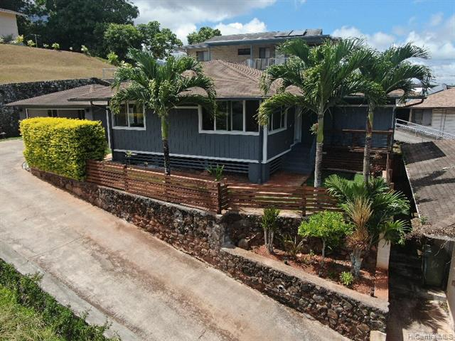 Photo of home for sale at 45-918 Anoi Road, Kaneohe HI