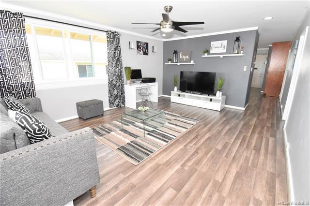 Photo of home for sale at 99-330 Honohono Street, Aiea HI