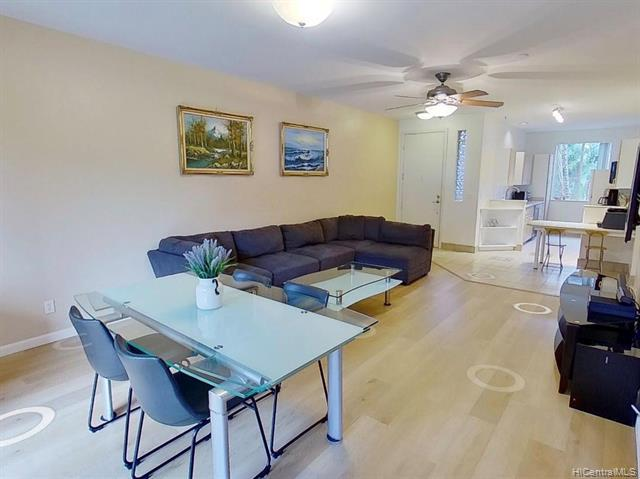 Photo of home for sale at 95-948 Wikao Street, Mililani HI