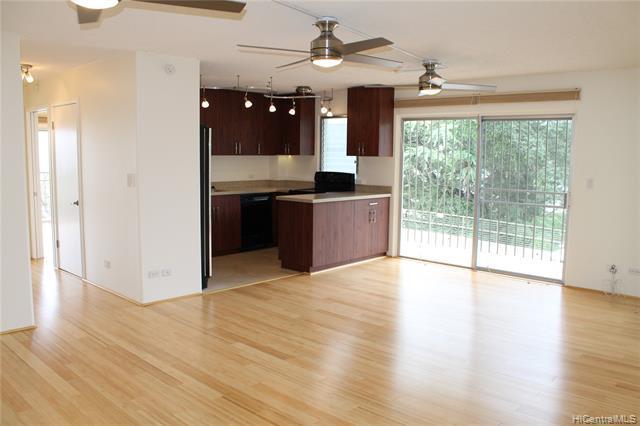 Photo of home for sale at 625 Iolani Avenue, Honolulu HI