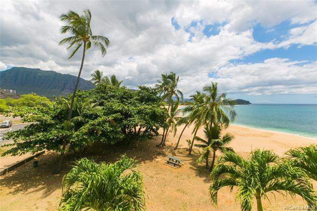 Photo of home for sale at 84-265 Farrington Highway, Waianae HI