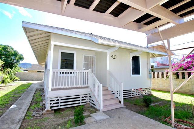 Photo of home for sale at 87-133 Lopikane Street, Waianae HI