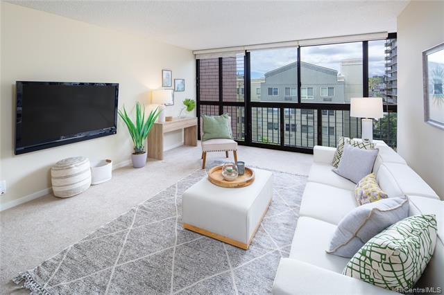 Photo of home for sale at 1420 Victoria Street, Honolulu HI
