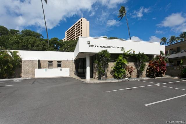 Photo of home for sale at 934 Punahou Street, Honolulu HI