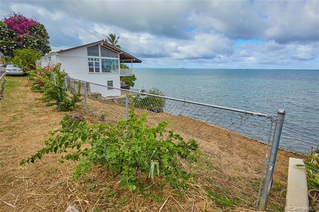 Photo of home for sale at 47-031 Kamehameha Highway, Kaneohe HI