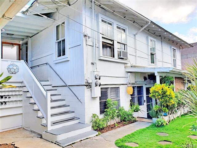 Photo of home for sale at 937 Coolidge Street, Honolulu HI