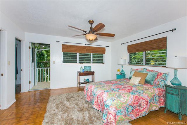 Photo of home for sale at 47-510 Hui Iwa Street, Kaneohe HI