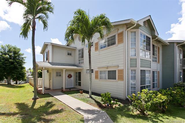 Photo of home for sale at 94-712 Lumiauau Street, Waipahu HI