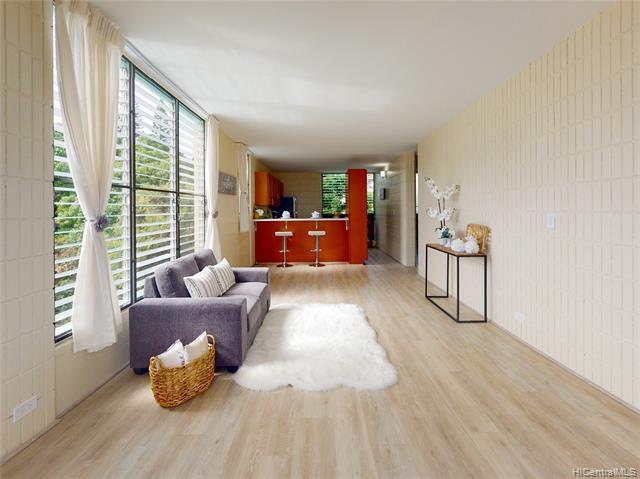 Photo of home for sale at 1524 Pensacola Street, Honolulu HI