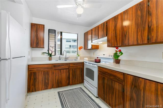 Photo of home for sale at 98-630 Moanalua Loop, Aiea HI