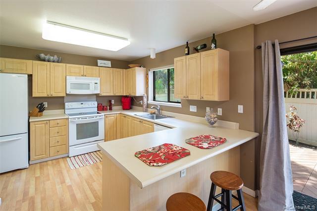 Photo of home for sale at 91-1012 Papaa Street, Kapolei HI