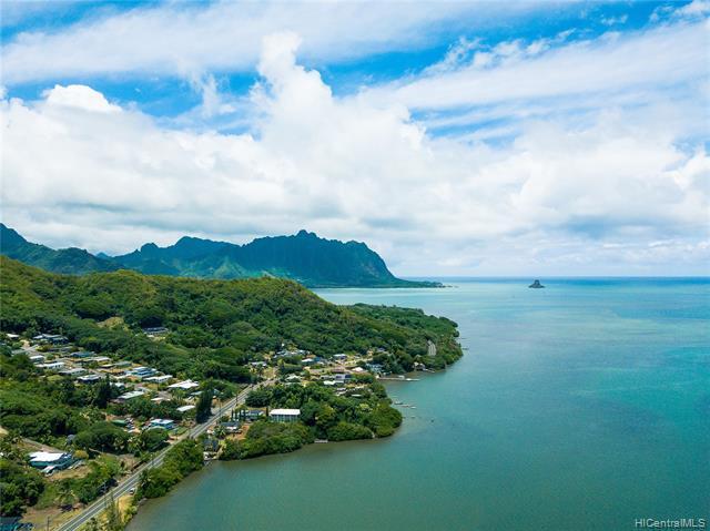 Photo of home for sale at 47-826 Kamehameha Highway, Kaneohe HI