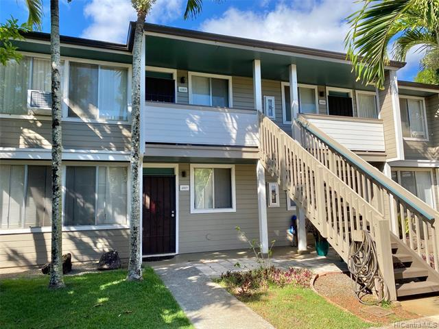 Photo of home for sale at 95-761 Hokuwelowelo Place, Mililani HI