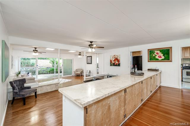 Photo of home for sale at 3241 Alani Drive, Honolulu HI