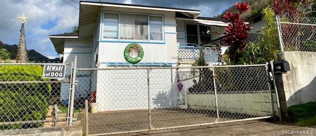 Photo of home for sale at 1588 Wailele Street, Honolulu HI