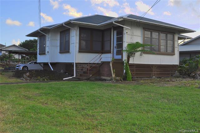 Photo of home for sale at 77 Lanihuli Street, Hilo HI