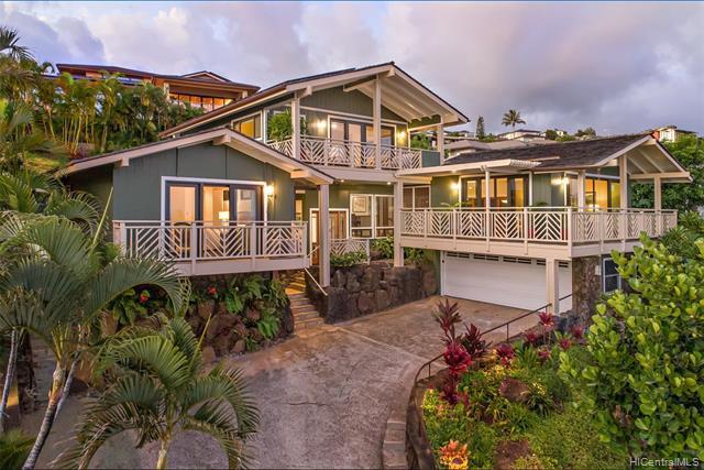 Photo of home for sale at 1422 Laamia Street, Honolulu HI